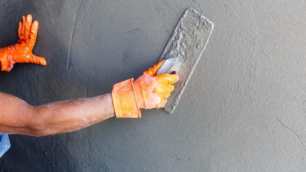 hiring a plasterer