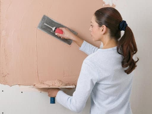 How-to-plaster-a-wall